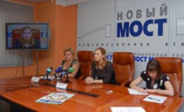 26 июня пройдет третий международный фестиваль-ярмарка «Петриківський дивоцвіт - 2010» (ФОТОРЕПОРТАЖ)
