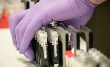 За сутки у 10 жителей Днепропетровщины обнаружили коронавирус