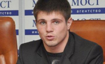Евгений Хитров будет бороться за звание «Самого сильного»