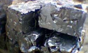 Житель Богдановки пустил могильные таблички на металлолом