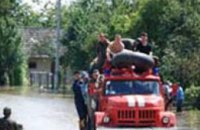Западная Украина: за первые сутки работы днепропетровские спасатели откачали 221 кубометров воды