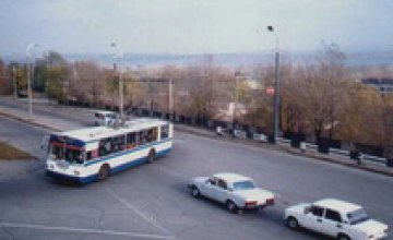 В Днепропетровске движение троллейбусов по маршруту №10 и №12 временно будет изменено