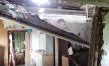 В Кривом Роге на пенсионера упал потолок его дома