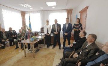 В Днепре поздравили чернобыльцев, афганцев и участников боевых действий на территории других государств с Днем защитника Украины