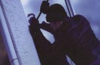 Ночью из харьковского суда двое парней пытались украсть документы
