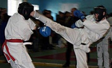 В Днепропетровске стартует чемпионат Украины по рукопашному бою