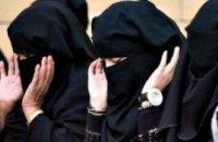 Впервые в истории Саудовской Аравии женщины участвуют в выборах