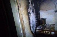 Ночью в Новомосковске загорелся частный дом: во время пожара погиб хозяин дома