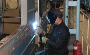 Днепровский метрополитен единственный в Украине ремонтирует подвижной состав собственными силами