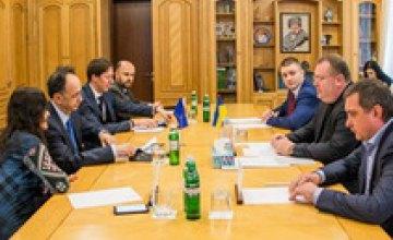 ЕС будет поддерживать развитие бизнеса и науки Днепропетровской области, - Посол ЕС в Украине