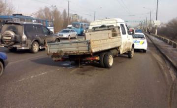 ДТП на Новом мосту: ГАЗель потеряла колеса во время движения и выскочила навстречу