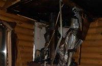  На Днепропетровщине горел двухэтажный жилой дом (ФОТО)