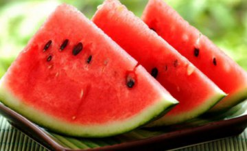 Скрытая опасность арбузов: как не отравиться полосатой ягодой