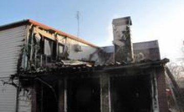В Запорожье при пожаре погибла 53-летняя женщина и ее 4-летний внук