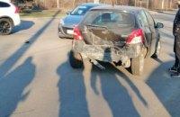 На Днепропетровщине столкнулись две легковушки: пострадала беременная женщина