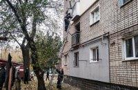 В Вольногорске женщина упала в собственной квартире и не могла встать: на помощь пришли спасатели
