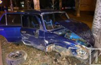 На Днепропетровщине произошло ДТП: два авто всмятку, пострадал ребенок (ФОТО)