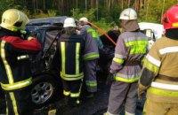 В Киеве при столкновении Mercedes и ВАЗ пострадали 7 человек (ФОТО)