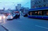 ДТП в Киеве: парализовано движение нескольких трамвайных маршрутов (ФОТО)