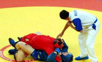 Днепропетровские самбисты заняли 2 место на Чемпионате Украины