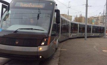 В Киеве запустят скоростной трамвай, который соединит правый и левый берег