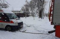 В Днепре спасатели освободили из «снежной ловушки» автомобиль скорой помощи (ФОТО)