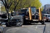 В центре Днепра произошло масштабное ДТП с участием грузовика и 11 легковушек: есть пострадавшие