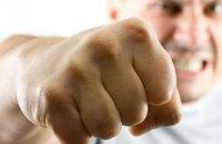 Конфликт в троллейбусе: у мужчины тяжелая травма глазного яблока