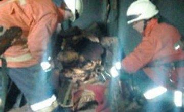 Пожар в АНД-районе: спасатели эвакуировали из жилого дома 10 человек