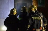 Ночью в Днепре сгорел дотла двухэтажный гараж (ФОТО, ВИДЕО)