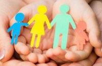 До Дня захисту дітей 1,1 тис хлопчиків та дівчаток з Дніпропетровщини отримали подарунки
