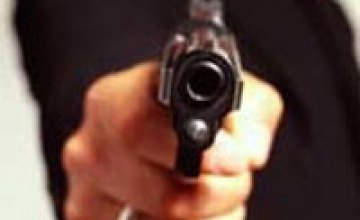 В Днепропетровске карманник открыл огонь по милиционерам