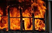 В Днепре пожарные спасли пенсионерку из горящей квартиры (ВИДЕО)