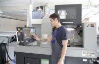 Компания дентальных имплантатов Bauer's Implants соблюдает права потребителя на начальном этапе создания продукции