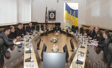 Арсен Аваков встретился с представителями НАТО в Украине (ВИДЕО)