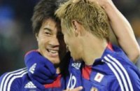 Нидерланды и Япония присоединились к участникам плей-офф ЧМ-2010