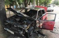 В Днепре на временной остановке сгорела Lada