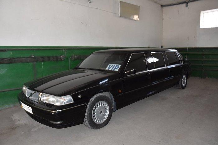 Внедрах Одесского облсовета нашелся редкостный лимузин украинского экс-президента