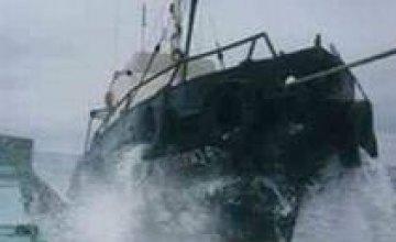 Из затонувшего вблизи Гонконга судна подняты два тела погибших украинцев
