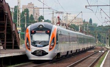 УЗ уволила ряд руководителей ПЖД за халатность, приведшую к схождению поезда Интерсити с рельсов