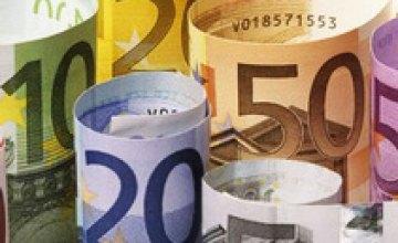 На межбанке евро подорожал на 3 копейки