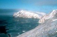 При крушении судна у берегов Чукотки пропали 54 человека