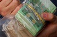 Финансовые эксперты не исключают смены дефицита доллара на нехватку гривны в Украине