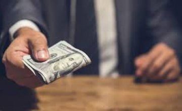 В Кривом Роге чиновник попался на взятке в размере 500 долларов
