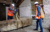 В Днепре блокируют незаконные наливайки бетонными плитами, - горсовет