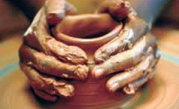 О чем говорит глина: изобразительная студия исторического музея приглашает на необычный мастер-класс