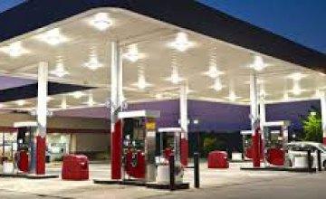Бензин должен подешеветь еще на 3-5 гривен, - Антимонопольный комитет