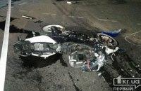 Ночью в результате смертельного ДТП в Кривом Роге погиб 22-летний мотоциклист