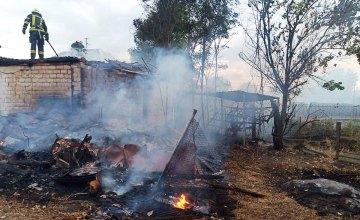 В Петриковском районе сгорел сарай с домашними вещами