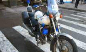 В Украине вводятся водительские права на мопеды и мотороллеры